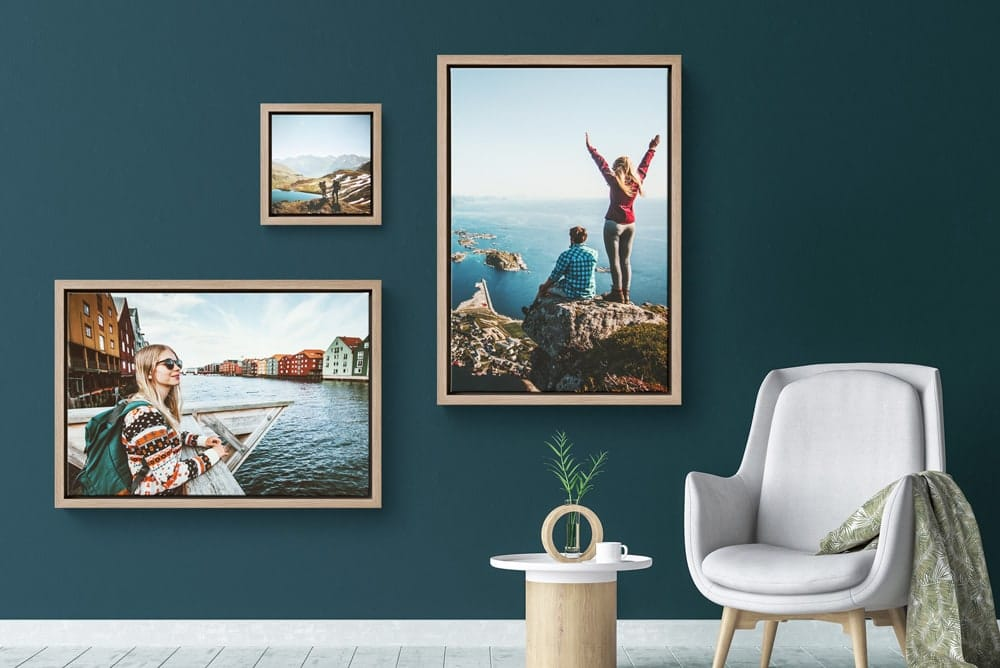 Canvasprint in a floating frame